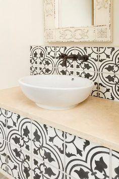 White and Black Powder Room with Moroccan Mirror - Mediterranean - Bathroom Moroccan Mirror, Moroccan Tiles, Black Powder Room, Oil Rubbed Bronze Faucet, Mediterranean Bathroom, Box Houses, Basin Sink, Bathroom Spa, Stone Flooring