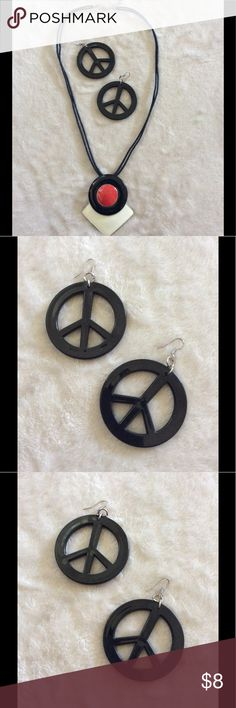 Vintage Black Peace Earrings Vintage Black Peace Earrings,  80's style, sturdy resin  plastic. EUC, Hardy worn. Purchased for a costume Jewelry Earrings