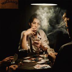 Smoking Charlotte Gainsbourg: Photo