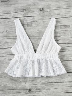 Top péplum col en V en dentelle -French SheIn(Sheinside) Boho Outfits, Girl Outfits, Fashion Outfits, Cute Summer Outfits, Cute Outfits, Diy Fashion, Ideias Fashion, Diy Clothes, Clothes For Women
