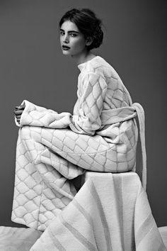 Nanna van Blaaderen — Knit design for fashion and home textiles Knitwear Fashion, Knit Fashion, Womens Knitwear, Indie, Fashion Details, Fashion Design, Knitting Designs, Knitting Patterns, Knit Dress