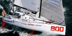 Voile - Mini Transat - Mini Transat : Denis et Lipinski en tête à mi-course Sailboat Racing, Sailing Yachts, Time Out, Courses, Minis, Favorite Things, Aircraft, Random, Sailing Ships