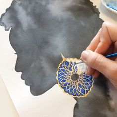 Brazilian/German Jewelry Designer and Illustrator  Available for commissions ✉️ contato@ditlindlenk.com ✨Curso de Ilustração de Joias