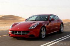イタリアのスポーツカーメーカー、フェラーリは17日、2011年通期の決算を発表した。  同社の発表によると、売上高は過去最高の22億5100万ユーロ(約2350億円)。前年実績に対して、17.3%増と伸びた。また営業利益は、3億1240万ユーロ(約325億円)。前年比は3.2%増となった。  2011年の世界新車販売は、前年比9.5%増の7195台。市場別では、米国が前年比8%増の1958台と最多。中国は62.6%増の777台と大幅に増えた。中東は22%増の450台。欧州では、ドイツが14.6%増の705台、英国が23%増の574台と伸びているのが目を引く。  フェラーリのルカ・ディ・モンテゼーモロ会長は、「2011年の結果に満足している。欧州の金融危機をはじめ、厳しい環境にありながら、素晴らしい結果を残した」と、コメントしている。