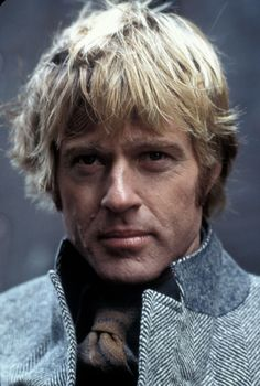Robert Redford in Three Days of the Condor directed Sydney Pollack, 1975