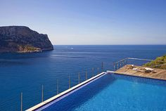 Puerto Andratx - Mallorca  FIRST MALLORCA PROPERTIES : MINIMALIST FRONTLINE APARTMENT WITH 180º SEA VIEWS