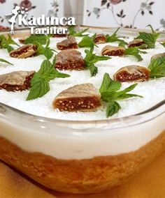 Hoe maak je pudding cake recept, how-to - Food & Drink The Most Delicious Desserts – Culture Trip Pudding Desserts, Fig Pudding, Pudding Cake, Pudding Recipe, Recipe Recipe, Delicious Cake Recipes, Easy Cake Recipes, Yummy Cakes, Easy Desserts