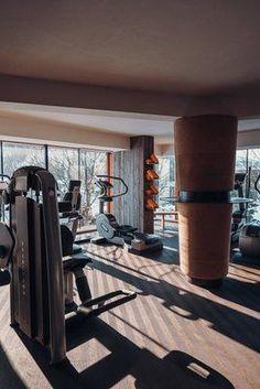 Bleibe auch im Urlaub fit und aktiv. Verbinde deinen Wellnessurlaub mit Sport im Hotel Jungbrunn in Tirol | Tannheimer Tal | Gutzeitort Aktiv, Spa, Home Appliances, Wood, Good Times, Places, Guys, Vacation, Homes