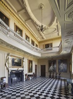 restoration period buildings Ham House - Ceiling mouldings Fireplace focal point with festoons / swags English Architecture, Beautiful Architecture, Beautiful Buildings, English Manor Houses, English Castles, Home Ceiling, Grand Homes, English Style, Historic Homes