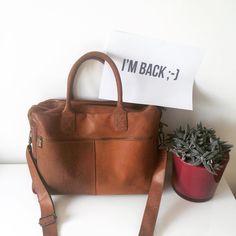 aea2ac24de0 Vintage-look laptoptas Burkely Altima Cognac Het populairste So Baggy item  ♥ Portefeuilles