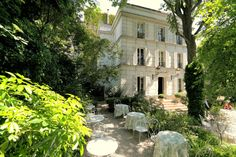 Jardin Hotel Particulier Montmartre  L'Hôtel Particulier Montmartre 23 avenue Junot, Pavillon D, 75018 Paris