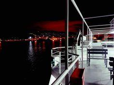 Σαλαμίνα by night