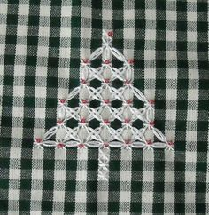 broderie suisse natalizio pattern - by RicamIre 2