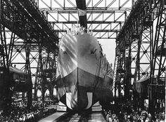 Launching of North Carolina, New York Navy Yard, Brooklyn, New York, United States, 13 Jun 1940, photo 1 of 2