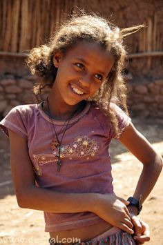 Ethiopian girl - Children of the world Beautiful Little Girls, Beautiful Children, Beautiful People, African Girl, African Beauty, We Are The World, People Of The World, Ethiopia People, Cute Young Girl