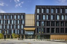 Katerra and Michael Green Architecture complete the Catalyst Building in Spokane, Washington Building Management System, Timber Buildings, Office Buildings, Timber Structure, Concrete Building, Green Architecture, Contemporary Architecture, Built Environment, Arquitetura