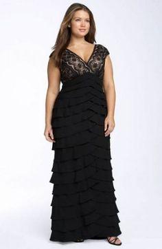Opções de vestidos de festa para convidadas plus size Image: 9