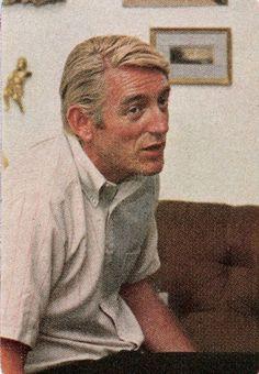 Rod McKuen Mansion 061; 1968-11 Rod McKuen in interview 02 (Redbook)