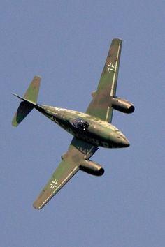 Vintage Planes Messerschmitt Me 262 JV 44 Ww2 Aircraft, Fighter Aircraft, Military Aircraft, Fighter Jets, Luftwaffe, Drones, Me262, Afrika Corps, Messerschmitt Me 262