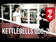 ▶ Swing oburącz - Trening funkcjonalny - Kettlebells: odc. 2 - YouTube