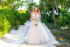 Beach Weddings, Formal Dresses, Fashion, Weddings At The Beach, Dresses For Formal, Moda, Formal Gowns, Fashion Styles, Formal Dress