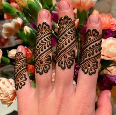 Latest Henna Designs, Floral Henna Designs, Mehndi Designs Book, Finger Henna Designs, Mehndi Designs For Girls, Arabic Henna Designs, Stylish Mehndi Designs, Mehndi Designs For Fingers, Mehndi Patterns