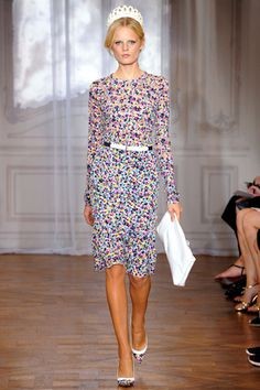 Cute Dress. Nina Ricci Spring 2012 Ready-to-Wear