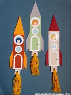 Love these rockets! Maybe add some foil. How about a cutout of childs face peaking out of the window? Vbs Crafts, Crafts For Boys, Space Crafts, Preschool Crafts, Projects For Kids, Art For Kids, Art Projects, Diy And Crafts, Space Party
