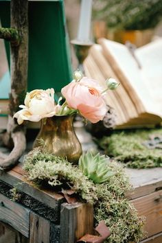 Forest wedding decor   Irinia Kilmova Photography   see more on: http://burnettsboards.com/2015/03/winter-forest-wedding/