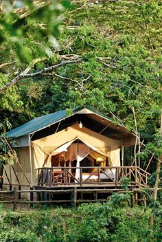 Discover Fairmont Mara Safari Club, hotel in Masai Mara National Reserve and enjoy the hotel's spacious, comfortable rooms in Fairmont Hotel. Kenya Travel, Africa Travel, Tent Camping, Glamping, Mount Kenya, Kenya Nairobi, Safari Holidays, Fairmont Hotel, Luxury Tents