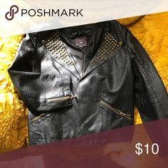 Cute forever 21 leather blazer Faux leather obv lol Jackets & Coats Blazers