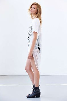 CMRTYZ Extreme Destroyed High/Low Tee - Urban Outfitters