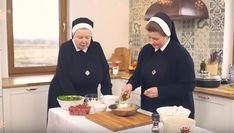 sałatka z rukoli i roszponki do obiadu: Przepisy, jak zrobić - Smaker.pl Fondue, Cheese, Ethnic Recipes