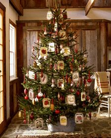 Seed-packet ornaments -- the perfect Christmas tree for gardeners!