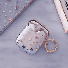 Cute Ipod Cases, Girly Phone Cases, Iphone Cases, Aesthetic Colors, Aesthetic Images, Aesthetic Collage, Fone Apple, Cute Headphones, Accessoires Iphone