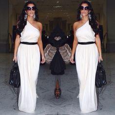 Still swooning over #kimkardashian's daytime glamour in her RP Aphrodite dress!