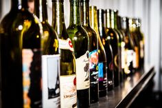 Judges Taste and Rate 15 Texas Syrahs from Across the State - Texas Wine and Trail Magazine