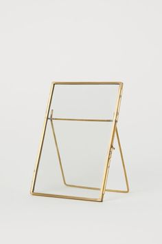 Fotoramme i metal - Guld - Home All Schwarz Home, Home Interior Accessories, Interior Design, Metal Photo Frames, Modern Picture Frames, Earthy Home Decor, Fragrant Candles, Glass Boxes, Jewelry Armoire