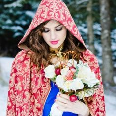 Inspired by Snow White! This inspiration shoot has ideas galore for the fairytale loving bride!
