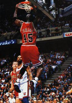 Click here for 300+ NBA scans http://imgur.com/a/UMfXm