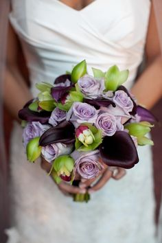 bouquet consisted of dark purple mini calla lilies, mini green cymbidium orchids and ocean song purple roses Calla Lily Bouquet, Orchid Bouquet, Floral Bouquets, Wedding Bouquets, Bouquet Flowers, Purple Calla Lilies, Green Orchid, Purple Roses, Purple Wedding Flowers