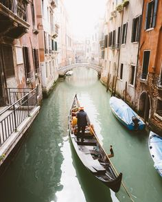 the streets of venice. by ravivora