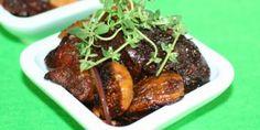 Chorizoen og fignerne anrettet i en lille skål med timian på toppen. Tapas, Antipasto, Chorizo, Steak, Pork, Appetizers, Snacks, Inspiration, Annie