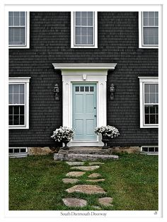 Love the door color. There kinda th combo. :-) just alittle more green n alittle lighter