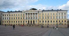 House of the Senate in Helsinki, on the Senate Square. Architect C. Helsingor, London Travel, Warsaw, Finland, Louvre, Architecture, Building, Russia, University