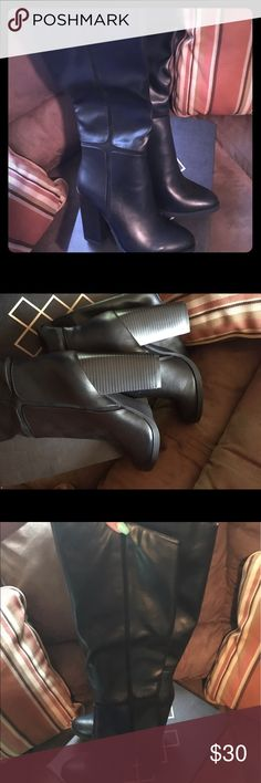 """Sexy Knee High Boots Sexy Black Boots. Knee High. 8.5 worn once to a wedding. Has been in the box ever since. My calves are to big now to wear anymore. Has about a 5"""" heel. Aldo Shoes Heeled Boots"""