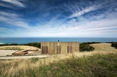 """""""Cabana"""" na Austrália parece pequenina, mas é uma confortável casa de praia"""