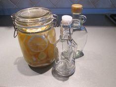 Zázvorový likér proti chřipce. Mason Jars, Alcohol, Mason Jar, Glass Jars, Jars