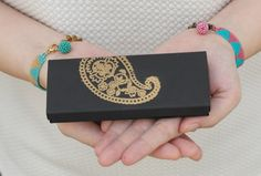 In collaboration with Prudence Petite Style, Dicope Bisuteria is giving away two beautiful Dicope Soul bracelets to a lucky winner.  More info on this giveaway at PrudencePetiteStyle.com