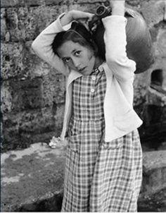 Historical Photos, Athens, Vintage Photos, Magnolia, Greece, Couple Photos, Couples, Children, Style